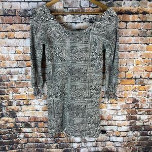 Billabong Long Sleeve Aztec B&W Dress